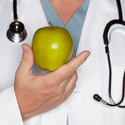 2013-12-10-why-you-shouldnt-get-nutrition-advice-from-your-doctor