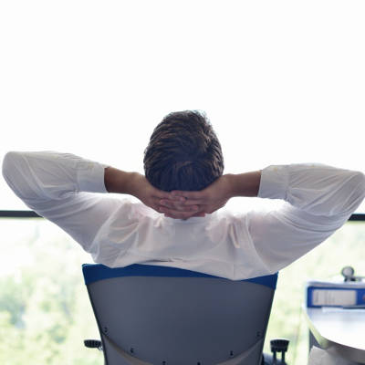 2014-01-10-why-slacking-off-at-work-is-great-for-your-health