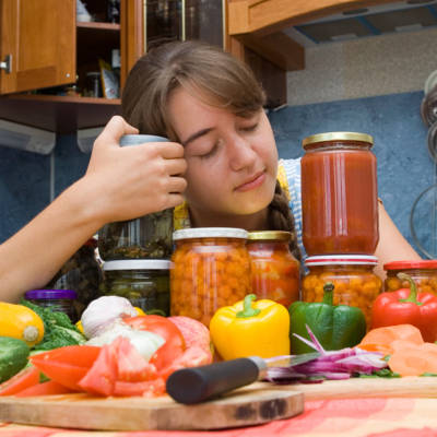 2014-01-31-5-nutrient-hacks-that-can-help-you-sleep-better-at-night