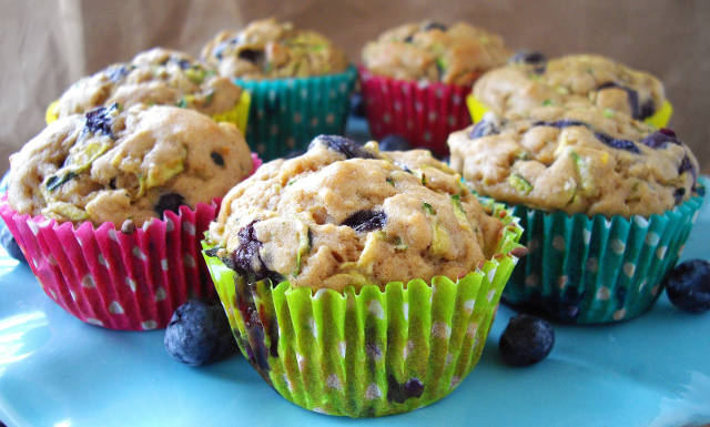 2014-03-21-5-tasty-blueberry-recipes-for-the-whole-family-1