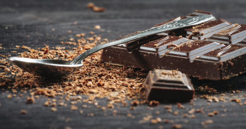 benefits of eating dark chocolate 2 essay Conclusion i as you can see dark chocolate can provide many health benefits, especially protective against cardiovascular disease ii so before you choose which chocolates to buy think about what would be best for your health.