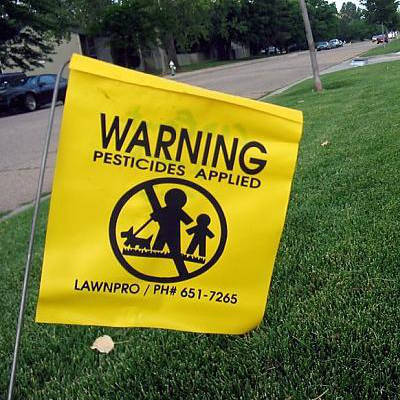 2014-04-17-5-ways-pesticides-herbicides-are-destroying-your-health