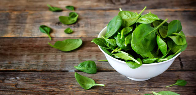 spinach summer superfood