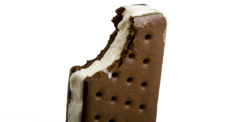 ice cream sandwhich