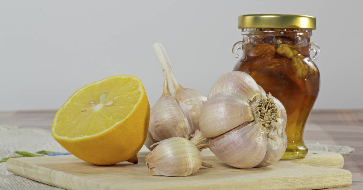 raw garlic honey