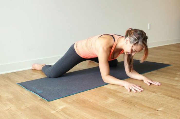 yoga-poses-for-back-pain4