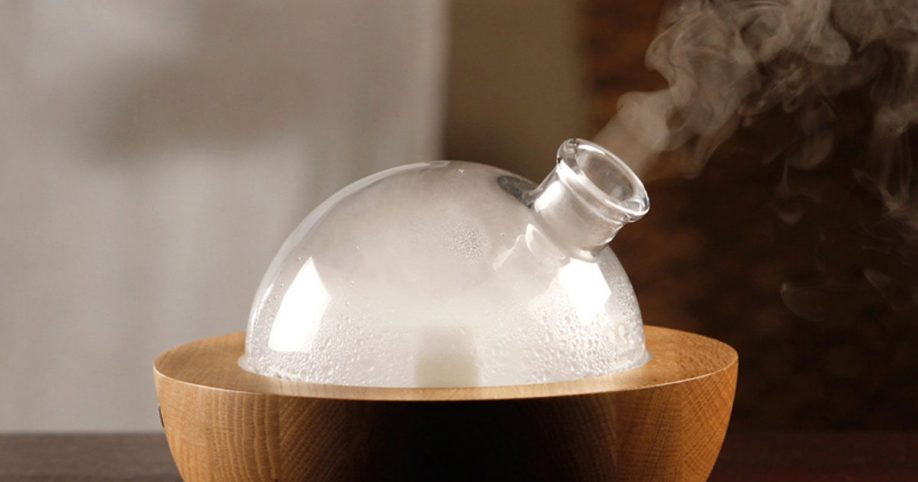 Best Aromatherapy Diffuser ~ This tool cleans the air better than most essential oil